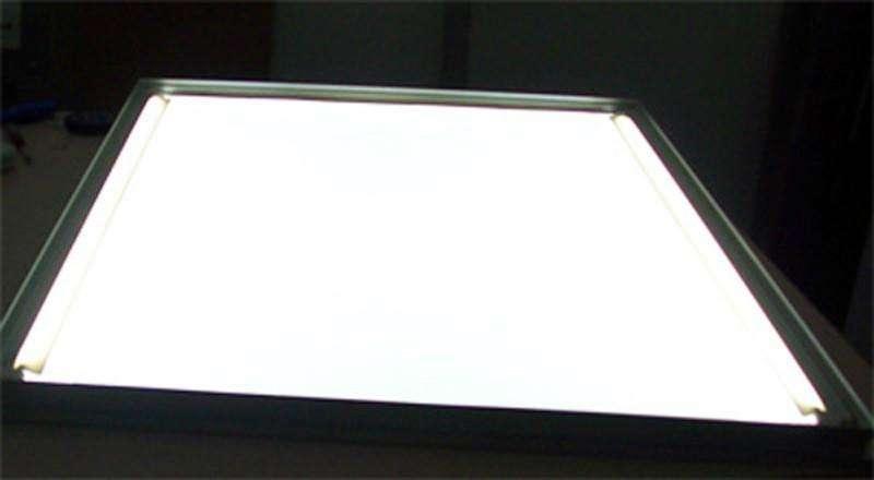 面板灯导光板